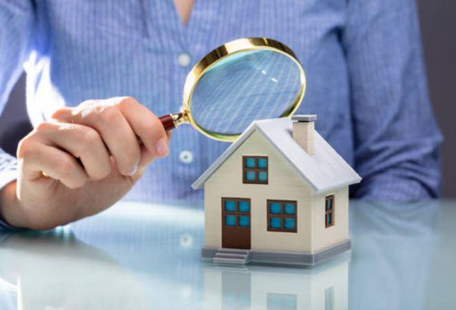 Razones por las que debes contratar un tasador inmobiliario al vender tu casa